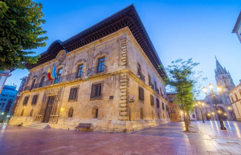 La ruta de los palacios de Oviedo
