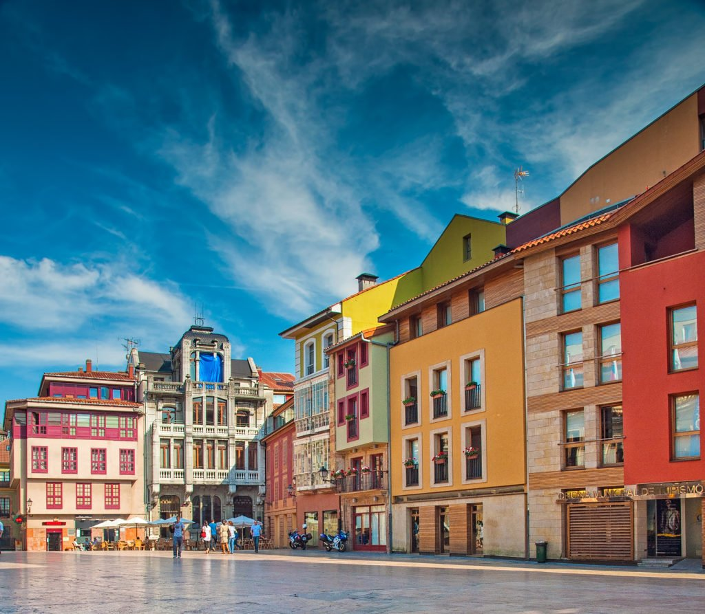 plaza de la constitución de Oviedo